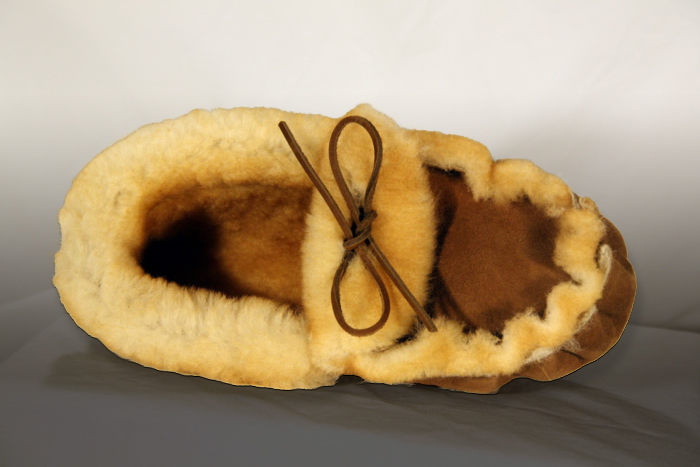 0d90c5484 Sheepskin Moccasins : Moccasin Slippers - Adult Teepee Creepers
